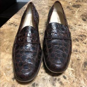 Salvatore ferragamo women loafer penny Sz 9.5 2 A